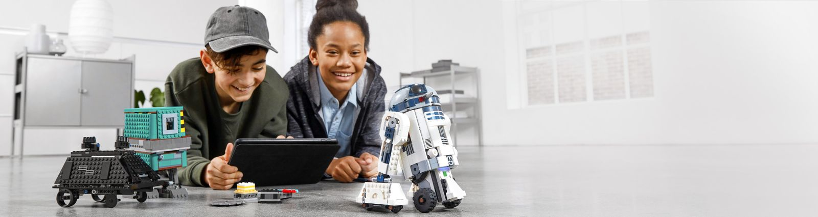 Legocom Us Inspire And Develop The Builders Of Tomorrow