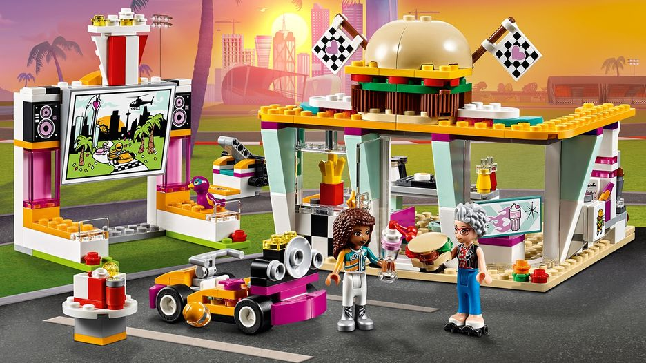 LEGO 41349 Friends Heartlake Drifting Diner Playset andrea and Dottie mini doll
