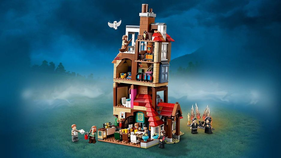 Attack On The Burrow 75980 Lego Harry Potter Sets Lego Com For Kids Us