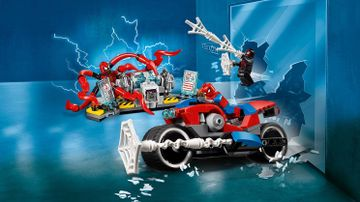 76113 SpiderMan Bike Rescue