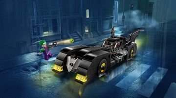 76119 Batmobile Pursuit of The Joker