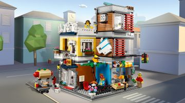 31097 Townhouse Pet shop and Cafe