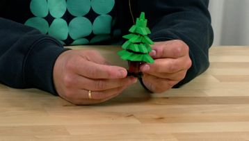 Turn your Tree into a Fir-tree – Happy Holidays Challenge Tip