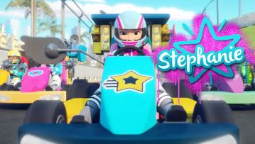 Meet Sporty Stephanie - LEGO Friends Character Spot