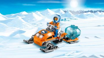 60032 Arctic Snowmobile