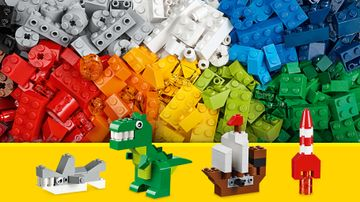 LEGO Classic Creative Supplement - 10693 - Use a mix of different colored bricks to build a shark, a dinosaur a pirate ship or a space rocket.