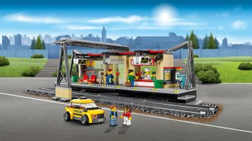 LEGO City Train station with passengers and crew minifigures - Train Station 60050