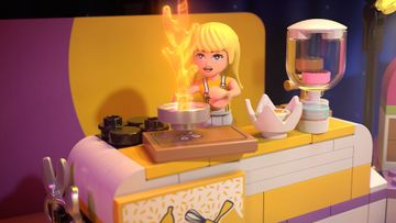 Stephanie vs. David in the Big Baking Competition – LEGO® Friends