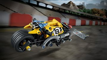 LEGO Technic - 42058 Stunt Bike - Try this cool stunt bike with pull-back motor, front and rear lights, cool exhaust pipes and extra-wide rims with low profile tires for extra grip and balance.