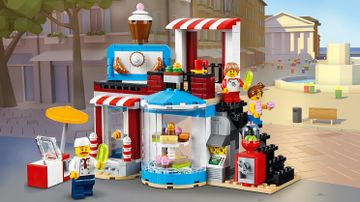 LEGO Creator 3 in 1 - 31077 Modular Sweet Surprises - Build these cute shops that sell all kind of sweets! Ice pops, cupcakes, croissants, bonbons, cookies and coffee.
