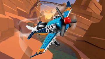 31099 - Propeller Plane