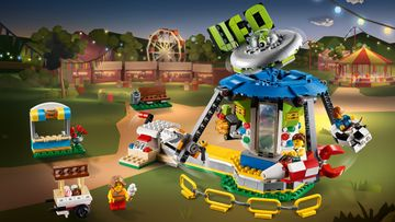 Carnival fun with the LEGO® Creator 3in1 Fairground Carousel!