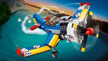 Fly High with a Race Plane, Helicopter or Jet with LEGO® Creator 3in1!