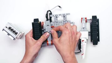 Have fun with LEGO MINDSTORMS