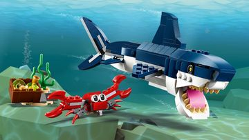 Undersea Action with a Shark, Squid or Angler Fish with LEGO® Creator 3in1!