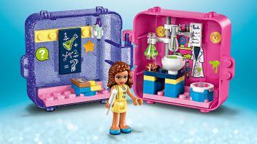 41402 - Olivia Play Cube