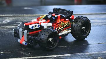 Perfect your pull-back skills: BASH! pull-back – LEGO® Technic – 42073