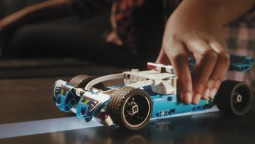 LEGO_Technic_RCTracker_Preroll_1HY19_19_20s_55864