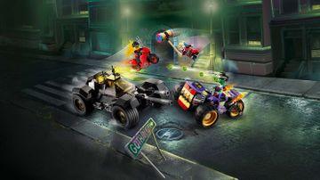 La poursuite du Joker en moto à 3 roues