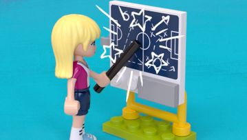 Stephanie's voetbaltraining 41330 – LEGO® Friends – Productanimatie