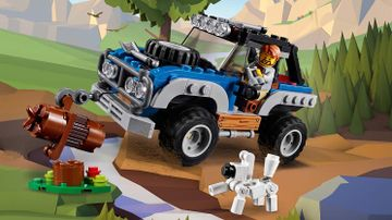 LEGO Creator 3-in-1 Outback Adventures - 31075 - An off-roader drives through the outback.