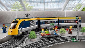 60197 Passenger Train