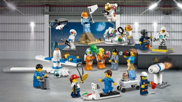60230 People Pack Space Research v29